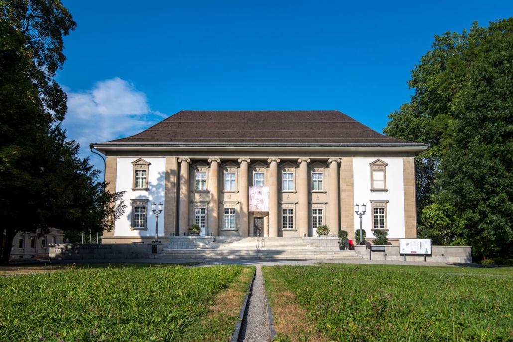 Folienverbund Schweiz UV Voelkerkundemuseum Schutzfolie